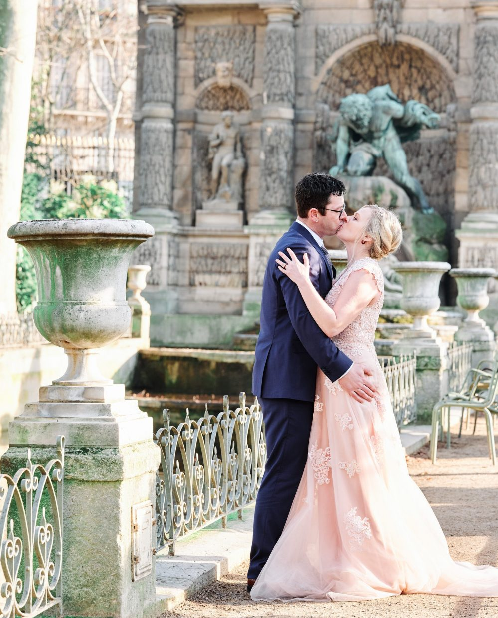 paris vow renewal at luxembourg gardens with picture me paris